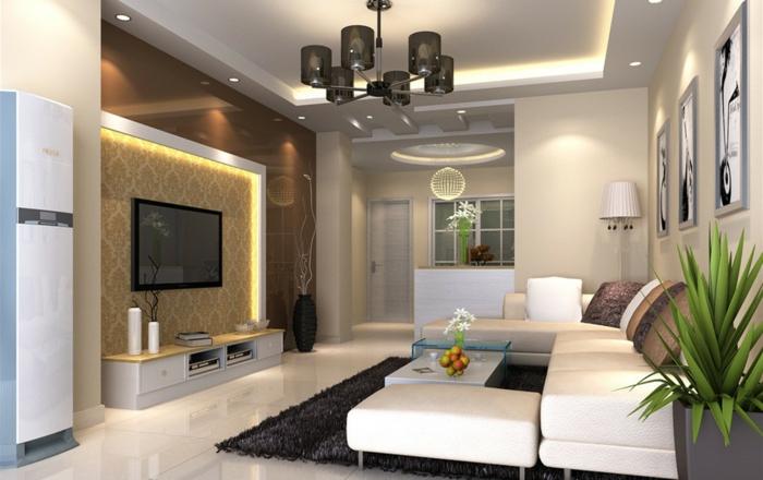 salon cosy, canapé couleur crème, plafonnier noir, faux plafond lumineux, tapis noir