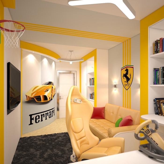 chambre ado garçon, chambre blanche aux lignes jaunes et stickers d'inspiration automobile ferrari, meubles en cuir jaune boutonnés