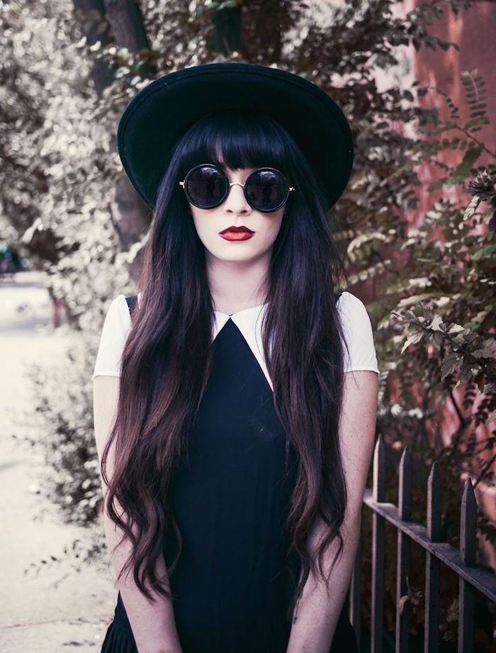 coiffure grunge hipster femme brune chapeau rond
