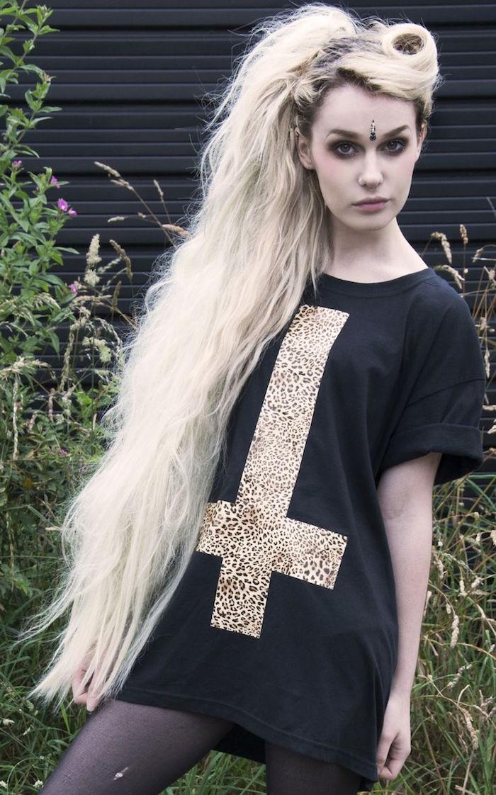 coupe grunge femme style grunge blonde