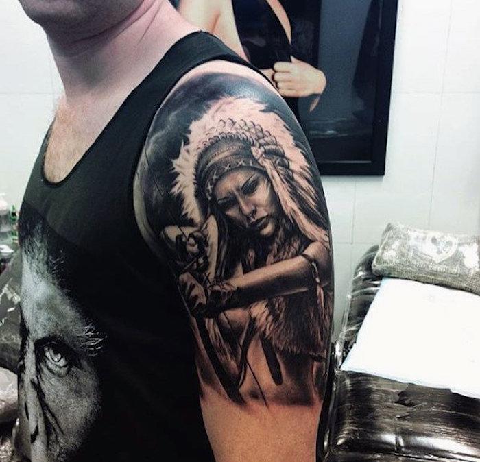 tatouage bras homme, débardeur noir avec visage homme, dessin en encre femme guerrière