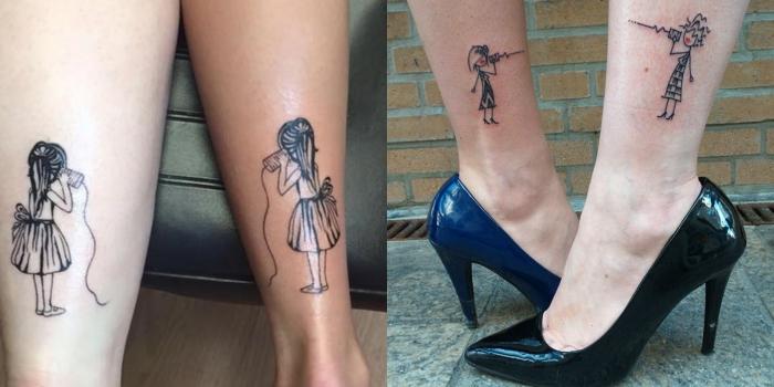 idée de tatouage, dessin en encre sur les jambes à design meilleures amies aux cheveux longs et courts