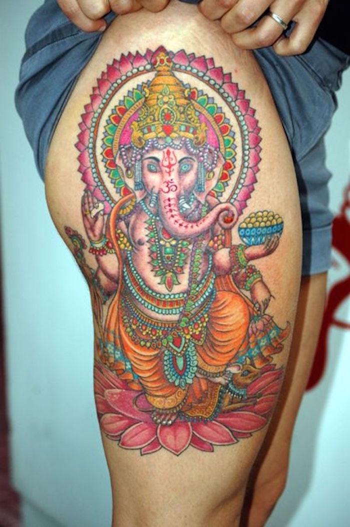 tatouage autour de la cuisse femme tattoo ganesh jambe