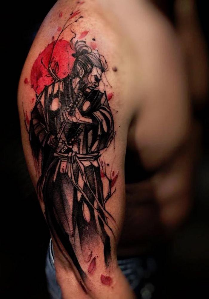 tatouage bras japonais dessin samourai sur le bras