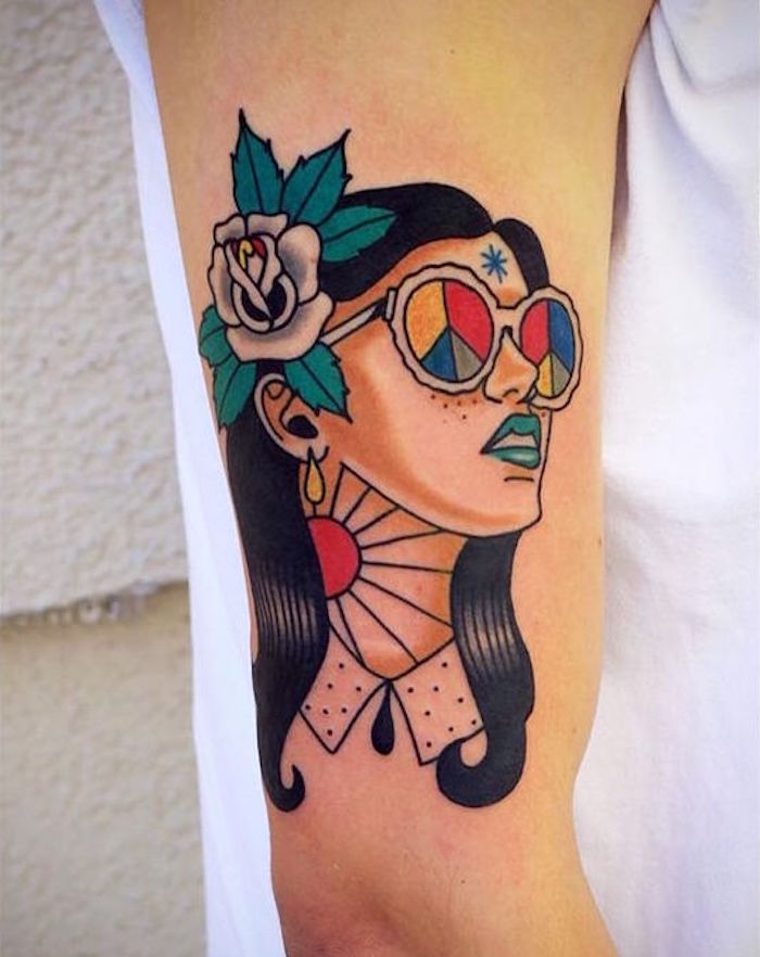 tattoo new school pin up dessin femme hippie