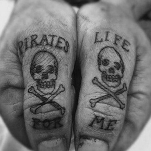 Tatouage pirate - À l'abordage en 40 photos