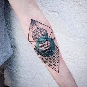 Des formes géométriques dans la peau - plus de 60 idées pour un tatouage géométrique original