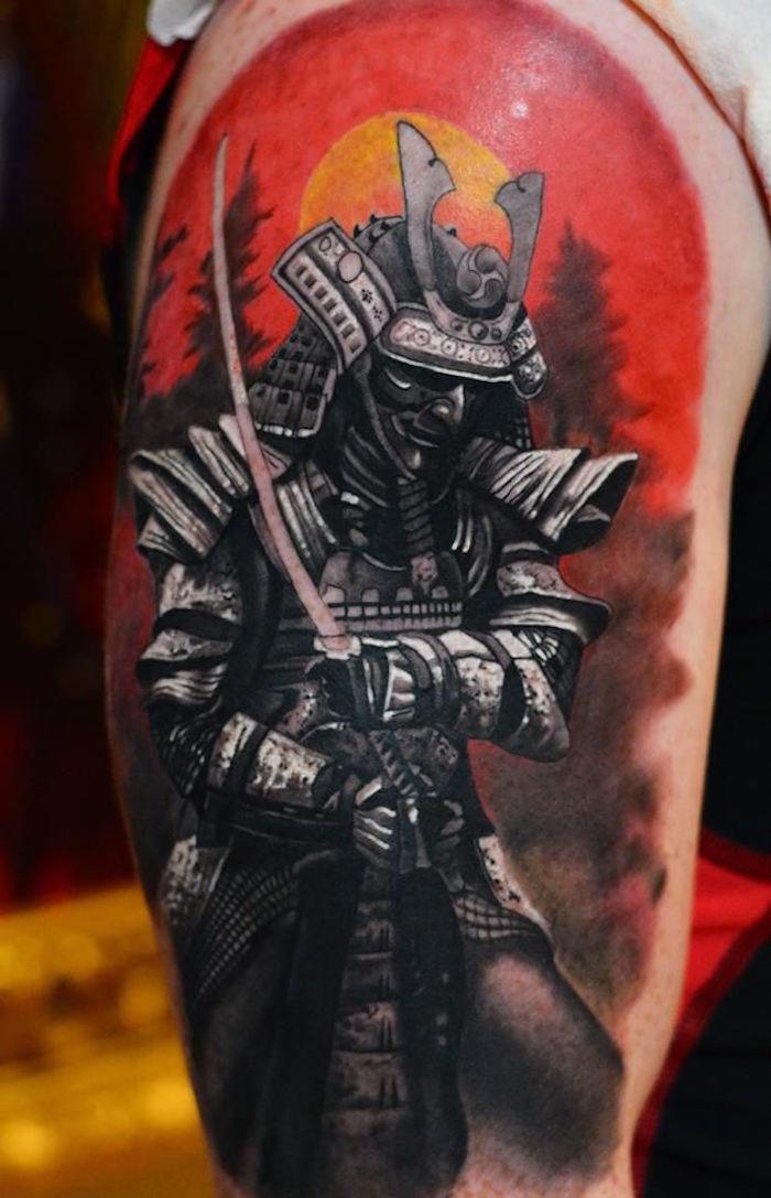 tatouages japonais armure samourai tattoo soleil rouge