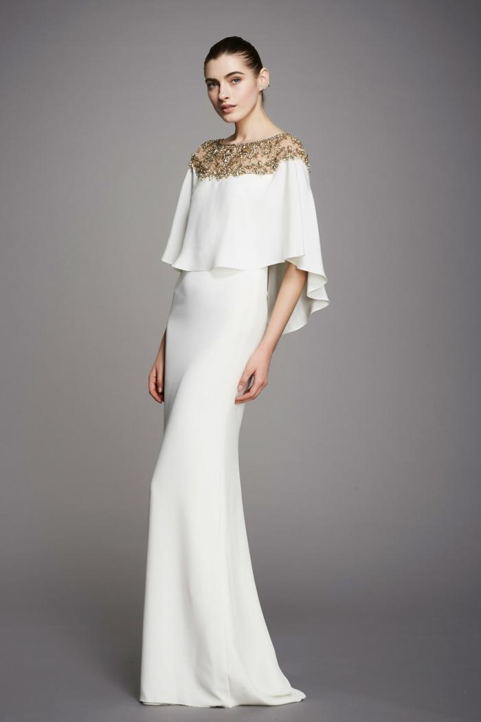 robe de soirée longue en blanc avec décolleté en dentelle dorée Marchesa