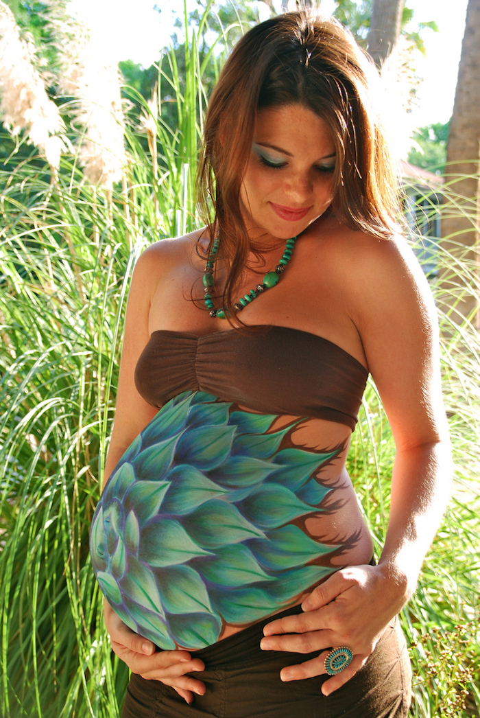 idee photo souvenir femme enceinte body painting