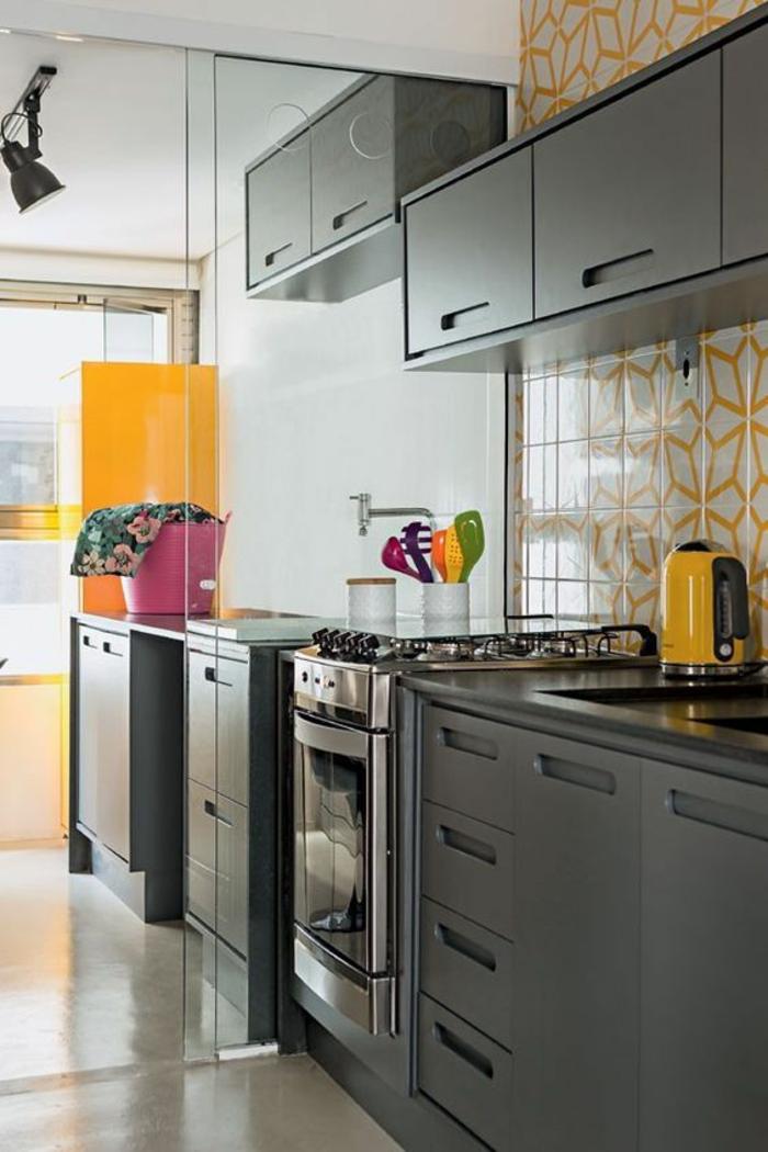 Carrelage gris clair quelle couleur pour les murs cool - Cuisine taupe quelle couleur pour les murs ...