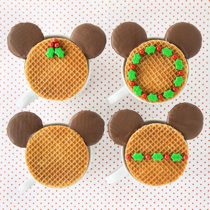 idée originale pour faire des biscuits à thé mickey à base de gaufres, des loisirs créatifs pour petits et grands