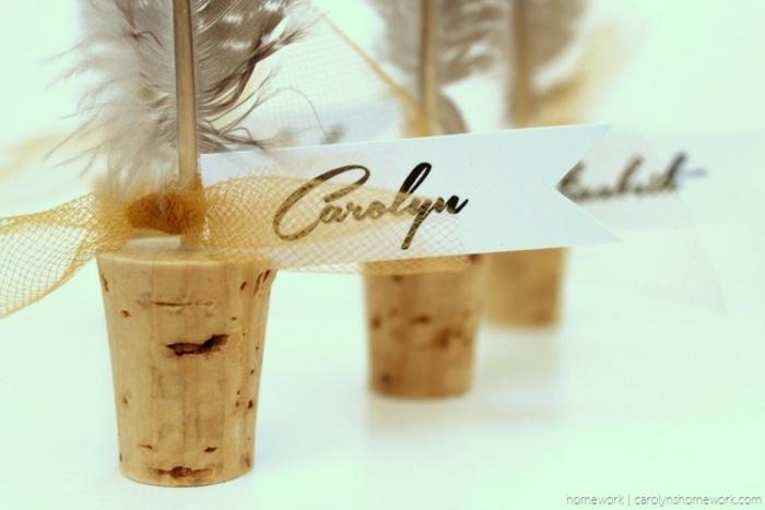 Moderne déco mariage plume et liège marque place mariage original recyclage bouchon liège de vin liege bouchon