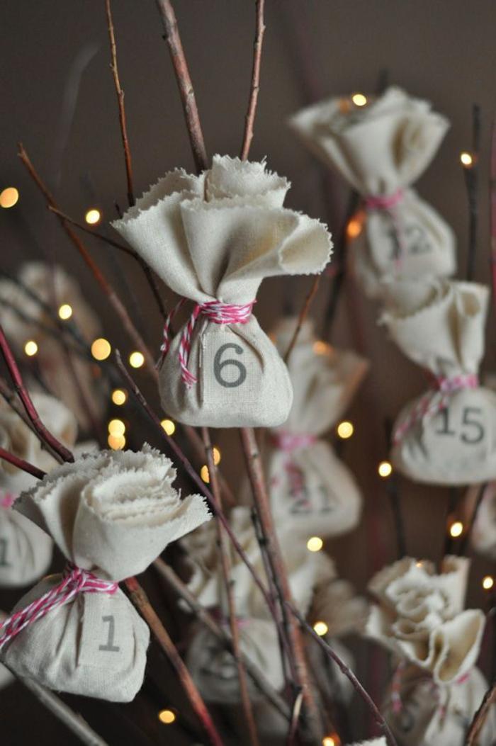 calendrier de l'avant à fabriquer, jolie décoration de Noel, des sacs en jute