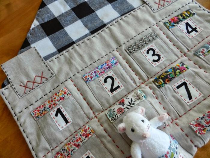 calendrier de l'avent maison, faire un calendrier de Noel avec une toile de jute