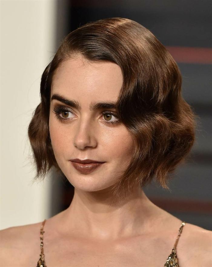 carré plongeant cheveux fins, carré classy ondulant, yeux couleur noisette, maquillage en tons foncés