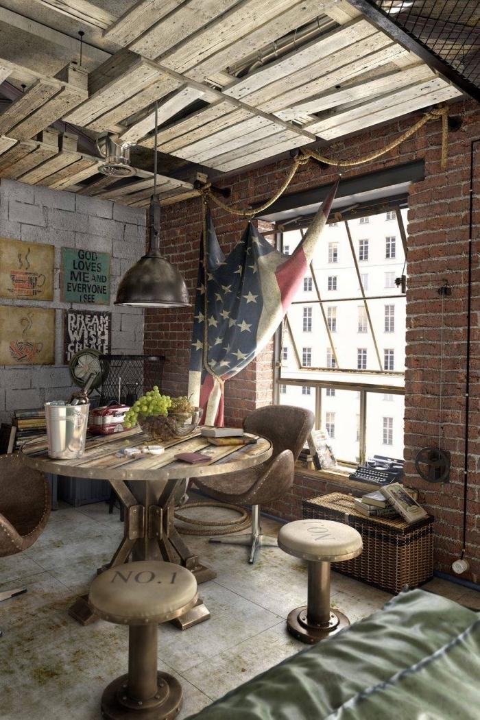 meuble industriel, rideau en forme de drapeau décoratif avec corde, revêtement murale en briques rouges et blanches