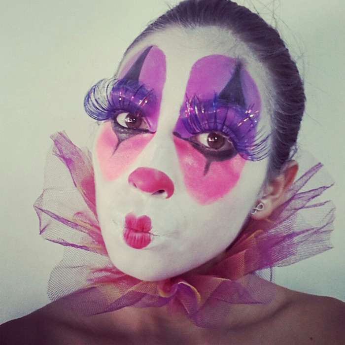 maquillage femme fete clown couleurs