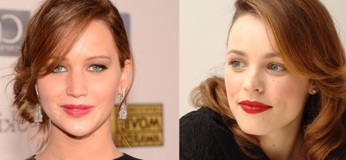 coloration rousse, inspiration célébrités pour une coiffure femme, coiffure cheveux attachés en chignon sur le côté