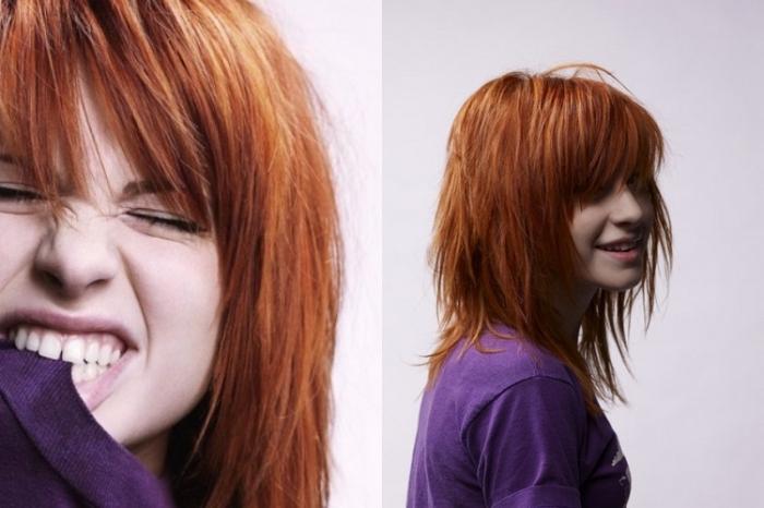 quelle couleur de cheveux, coiffure cheveux mi-longs en couches raids, coloration cheveux cuivrés