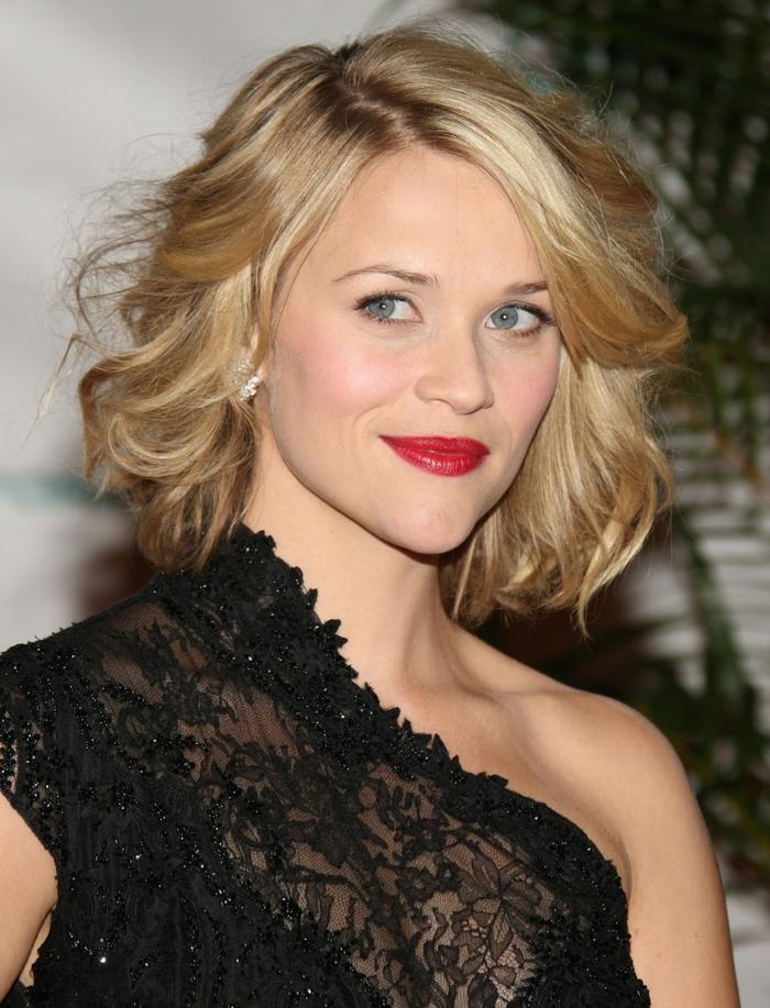 coupe de cheveux femme, carré bouclé, robe noire dentele, Reese Witherspoon