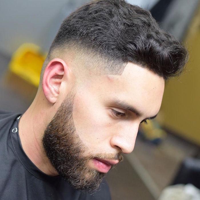 coupe de cheveux homme mi long dégradé