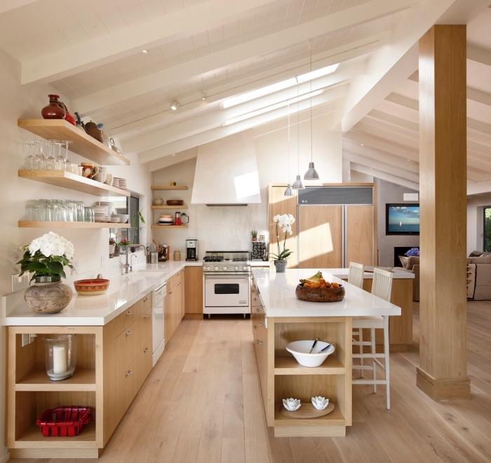 meuble d angle cuisine, cuisine avec fenêtres de plafond blanc, meubles de cuisine en bois avec comptoirs blancs