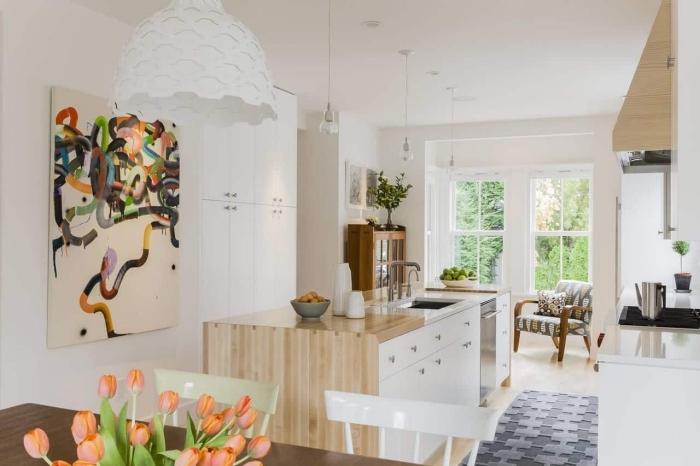 design scandinave, peinture abstraite en couleurs, lampe suspendue blanche à design géométrique