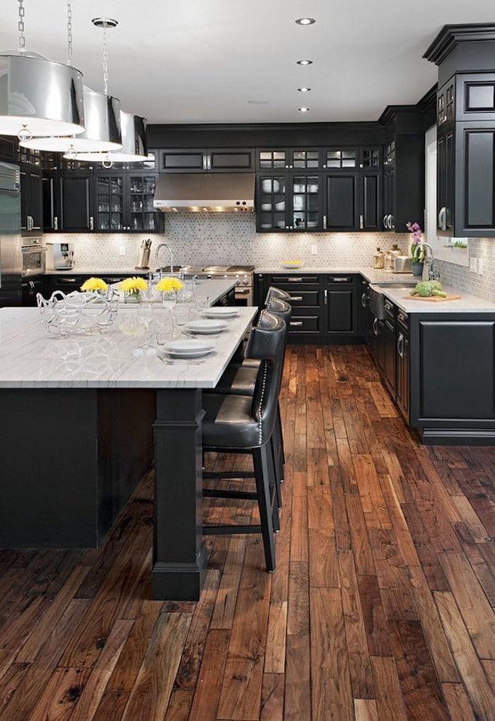 cuisine rétro salle à manger noir et bois