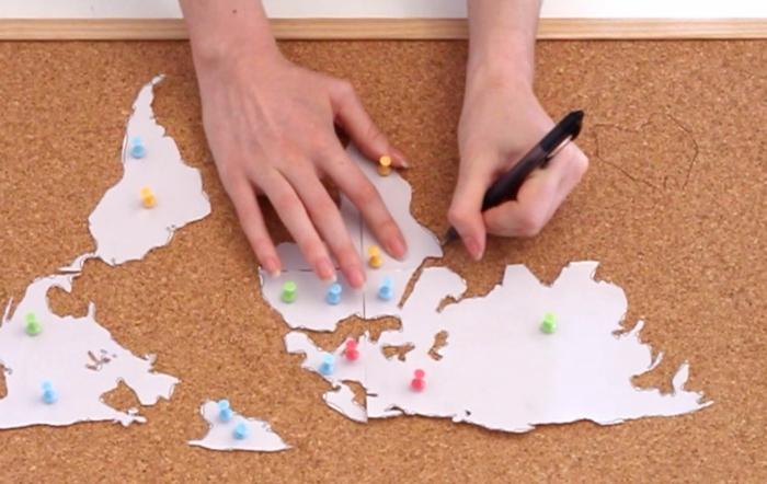 Faire une carte du monde soi-même liège quoi faire avec un tableau de liège
