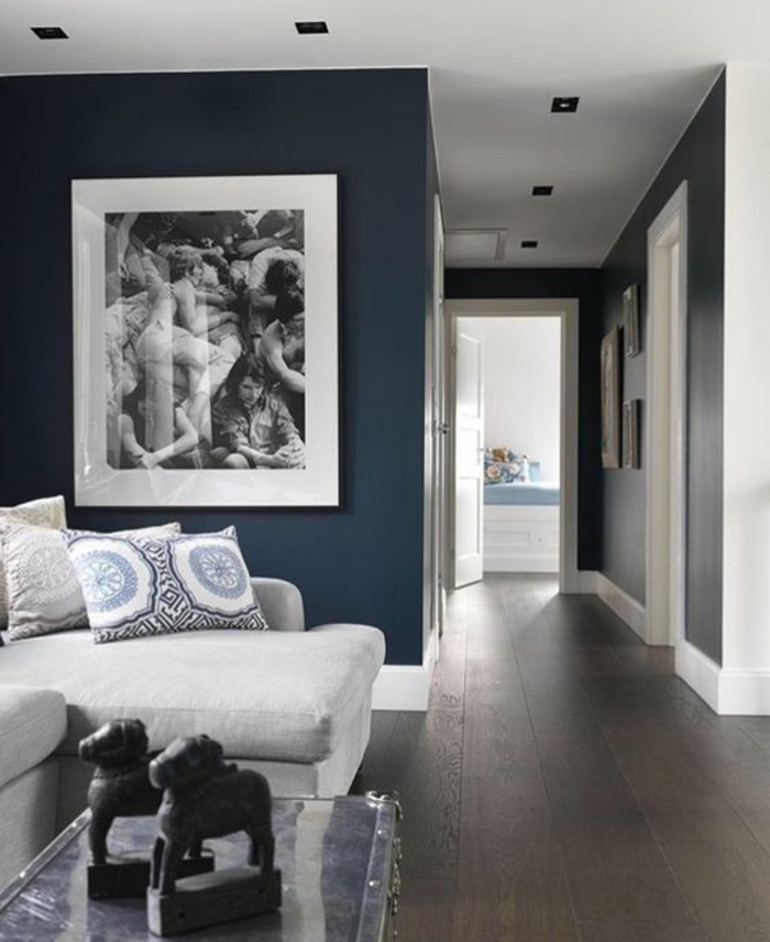 1001 id es pour am nager ses espaces en couleur bleu gris - Faire un mur de tableaux ...