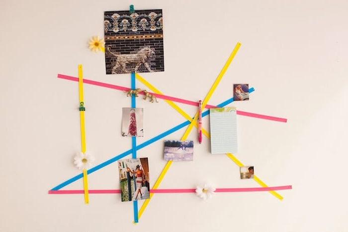 diy chambre ado, tableau d affichage simple en bandes de ruban colorés entrecroisés, afficher des photos, accessoires deco, notes importantes