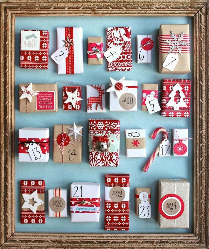 fabriquer calendrier de l'avent encadré, cadeaux fixés au sein d'un encadrement photo vintage