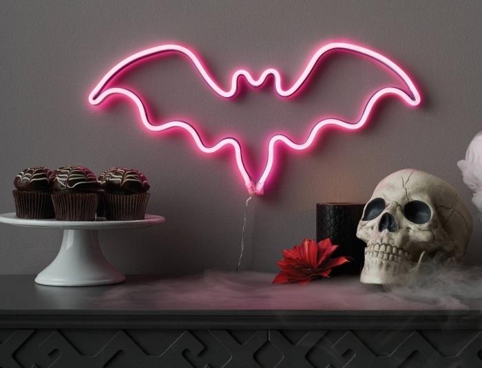 activités halloween, desserts cupcake à design halloween au glaçage imitation toile d'araignée