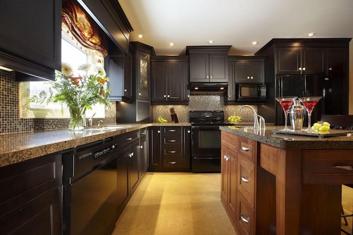 cuisine noir et bois retro meubles étagères murales