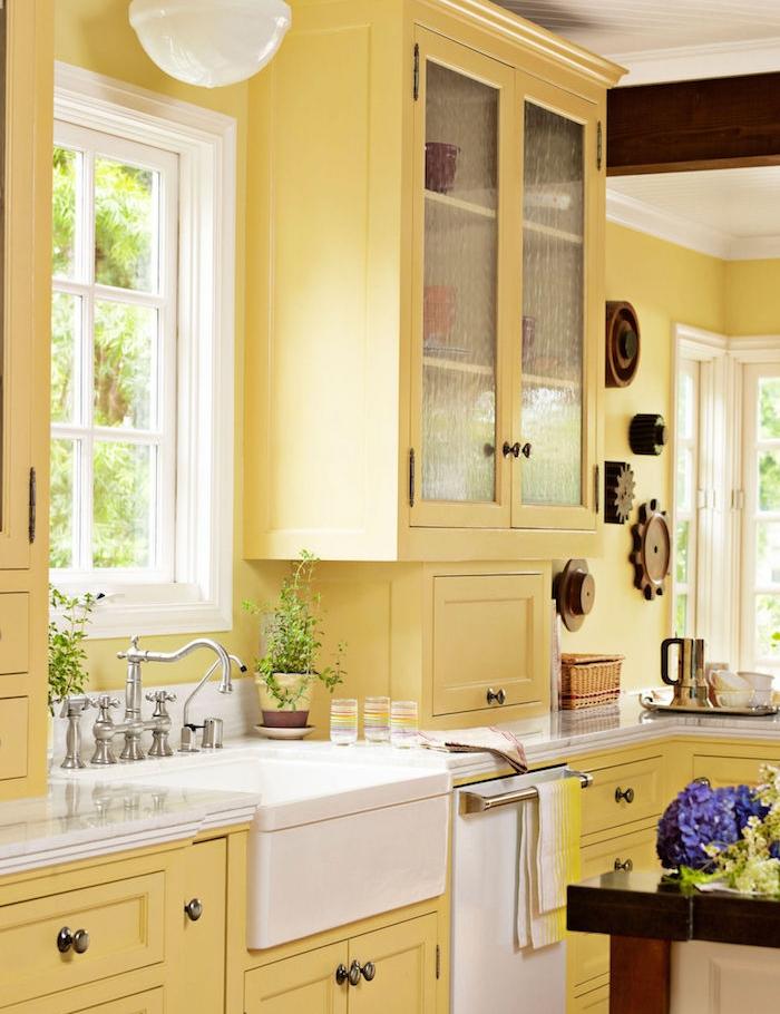 deco campagne chic cuisine objet deco campagne chic lespace repas de la cuisine est vaste. Black Bedroom Furniture Sets. Home Design Ideas