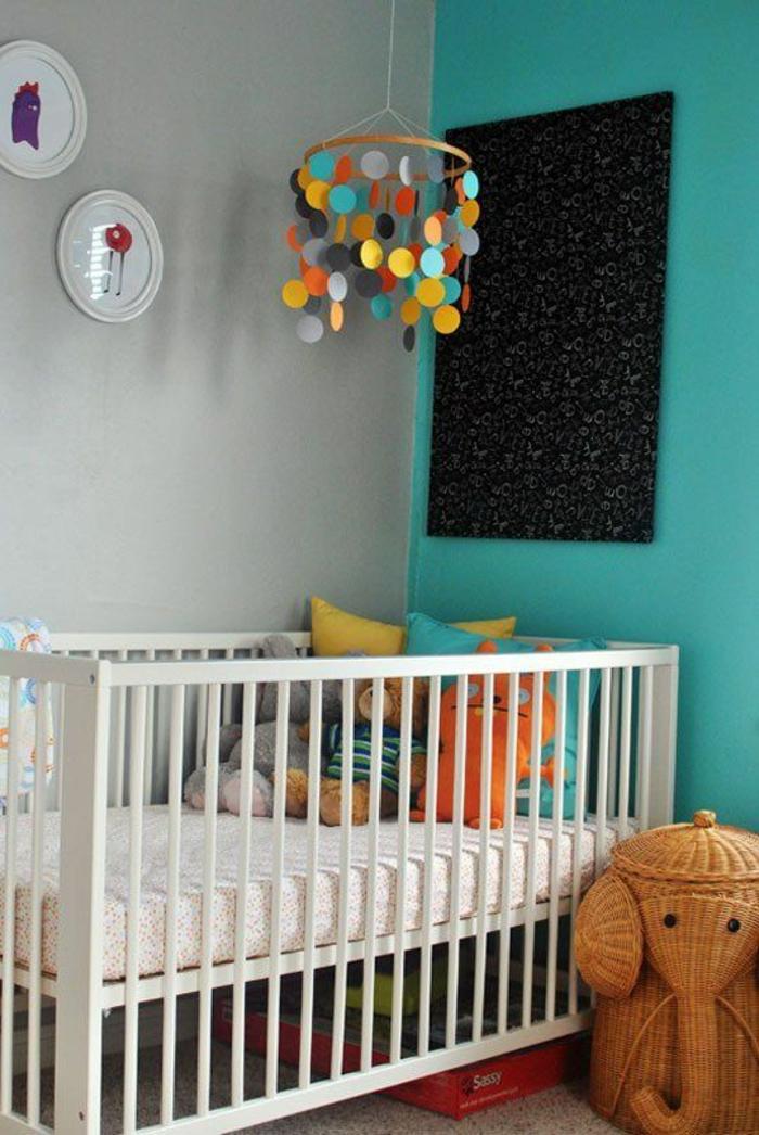 1001 id es pour une chambre b b en bleu canard des. Black Bedroom Furniture Sets. Home Design Ideas