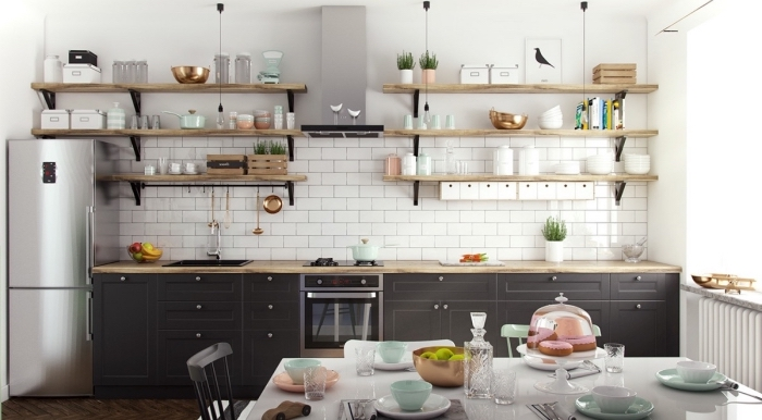 meuble scandinave, cuisine blanche ouverte vers la salle à manger, crédence de cuisine au carrelage blanc