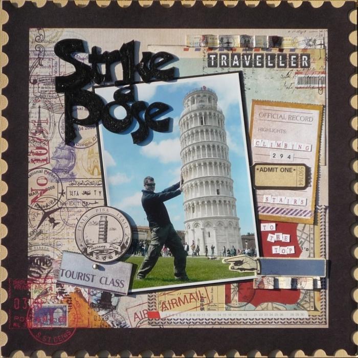 carte postale personnalisée, photo voyage collée sur papier noir et décorée avec timbres-postes