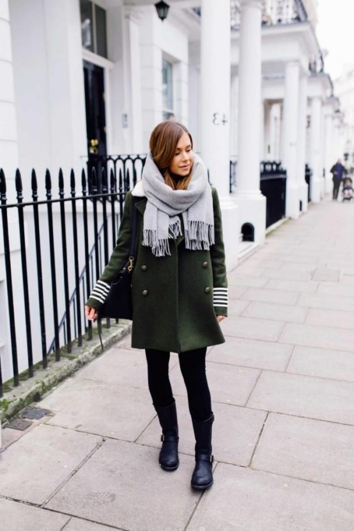 comment porter le manteau kaki femme pour un look militaire sans faute