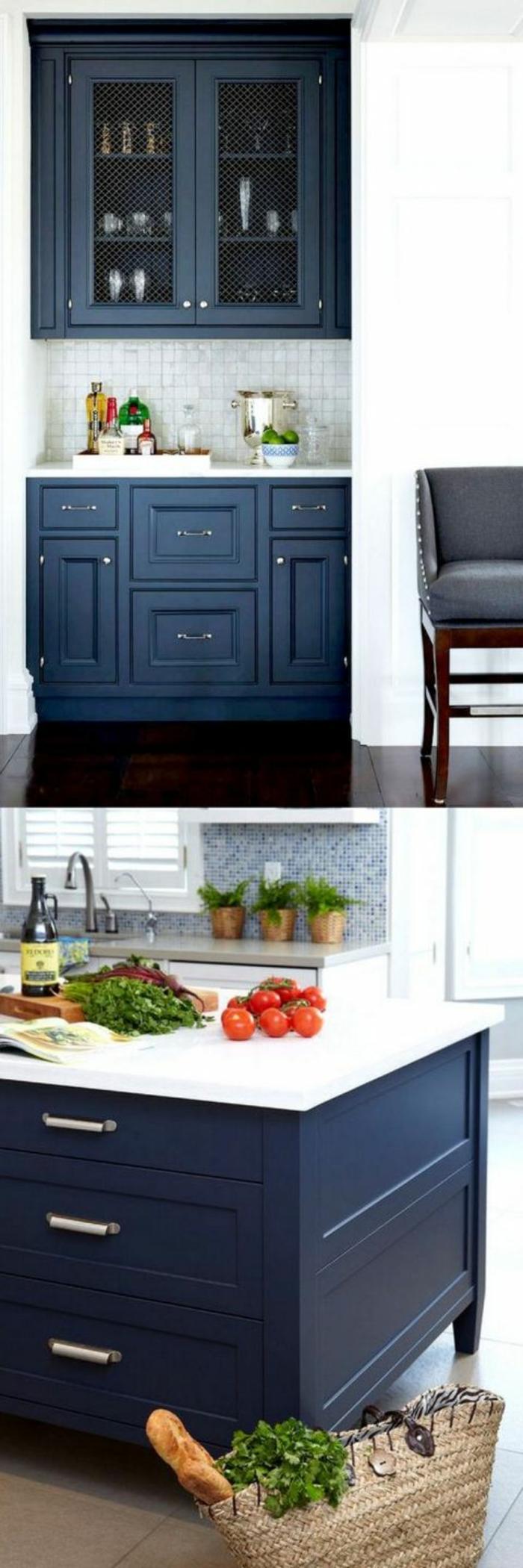 deco bleu canard, meuble bleu canard avec plan de travail en blanc, crédence en bleu et blanc, carrelage en marron clair