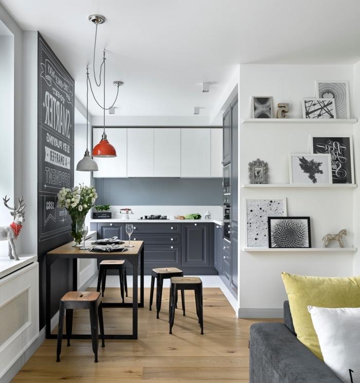 design scandinave, aménagement de cuisine ouverte vers le salon, meubles de cuisine en blanc et noir