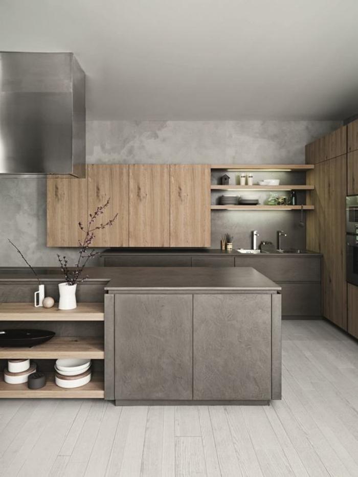peinture pour meuble de cuisine grise, avec des meubles en beige clair, aspirateur en forme carrée, étagères beiges en bois PVC