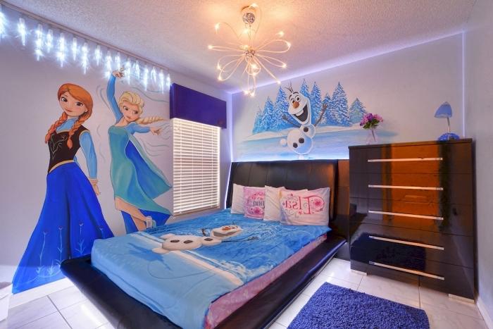 chambre reine des neiges, guirlande lumineuse en forme de glace, stickers autocollants murale à motifs Elsa Anna et Olaf