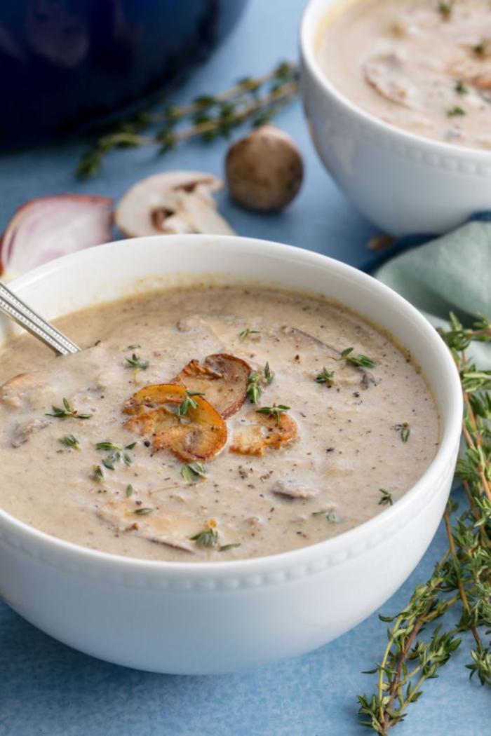recette de soupe d'hiver crémeuse aux champignons
