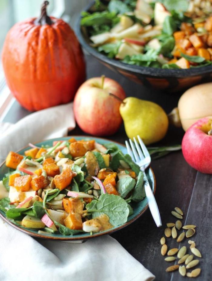 recette de potimarron légère, salade automnale au potimarron rôti, pommes et poires