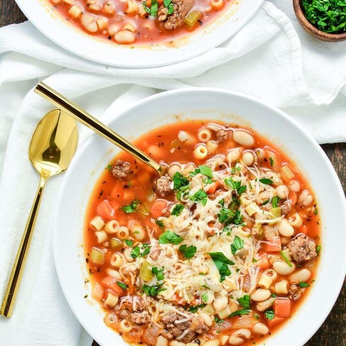 recette de soupe aux macaronis et haricots à l italienne, recette rapide et nourrissante