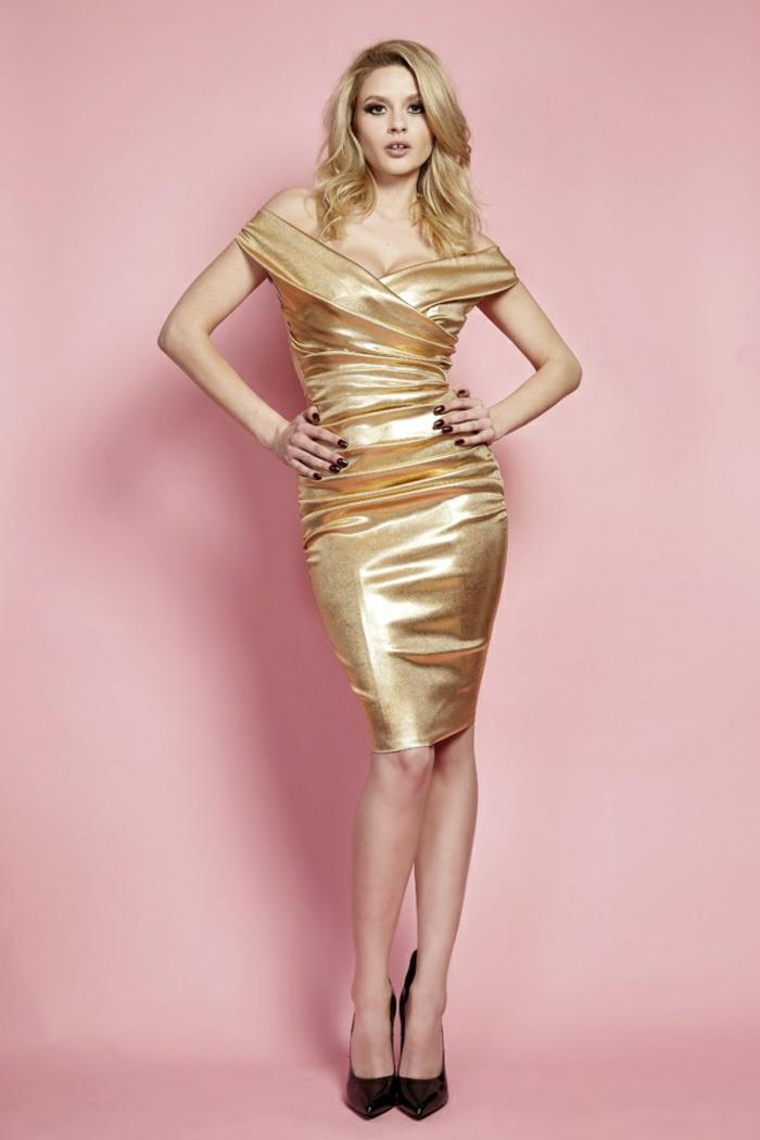 robe nouvel an robe longue moulante avec des épaules tombantes aux lueurs dorées en matière élastique