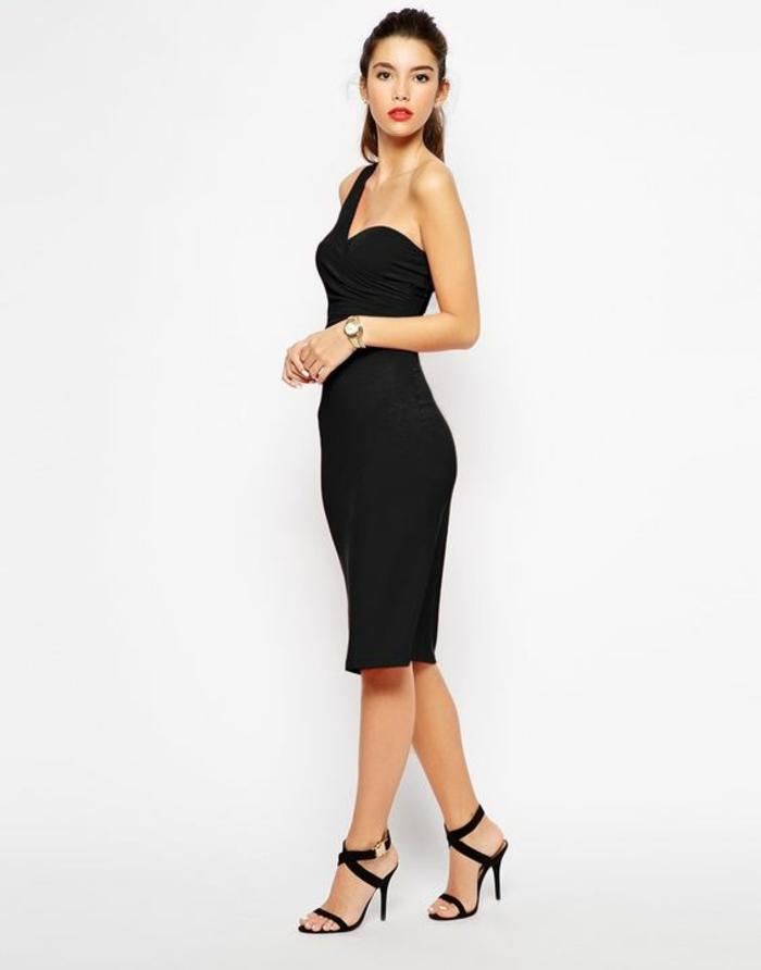 robe de soiree longue robe longue moulante avec une seule bretelle noire robe epaule nu