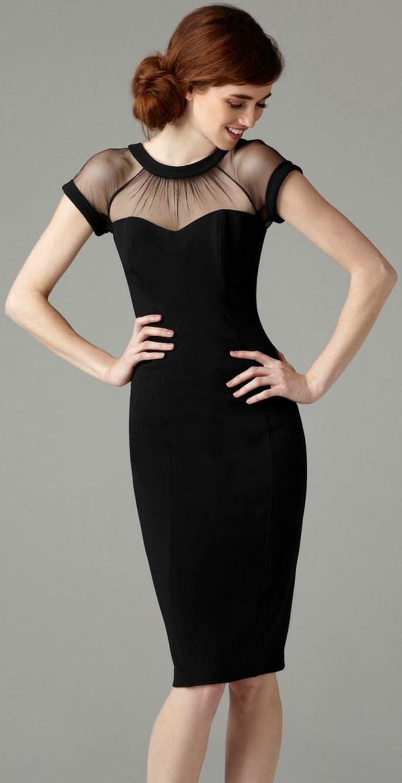 robe longue de soirée avec manches courtes raffinées et de la dentelle noire transparente autour du cou rond